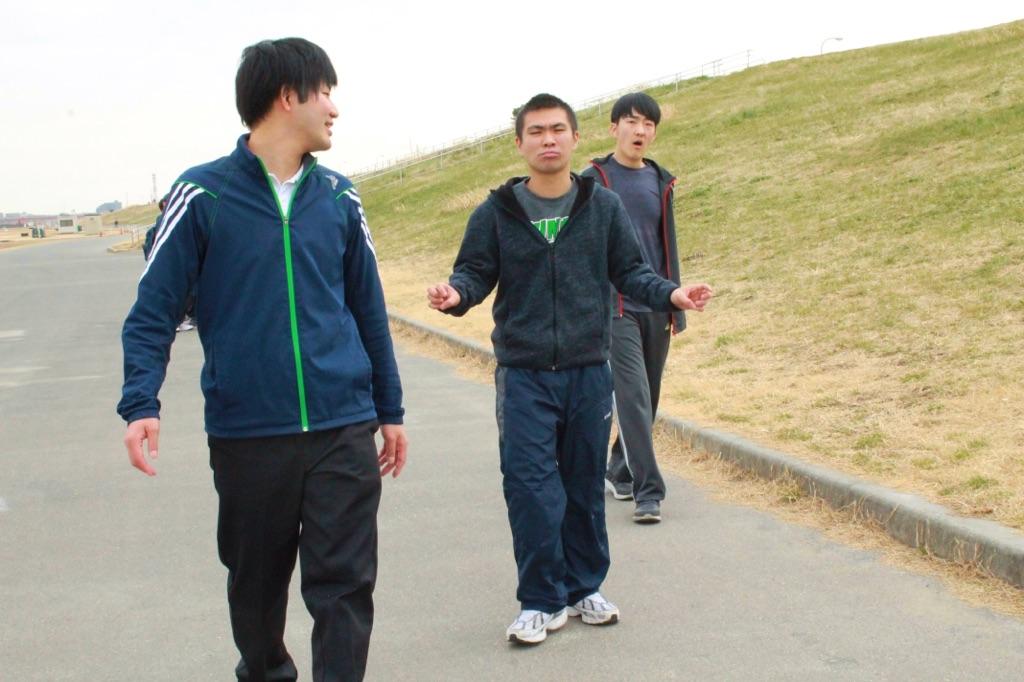 午後活動(散歩)